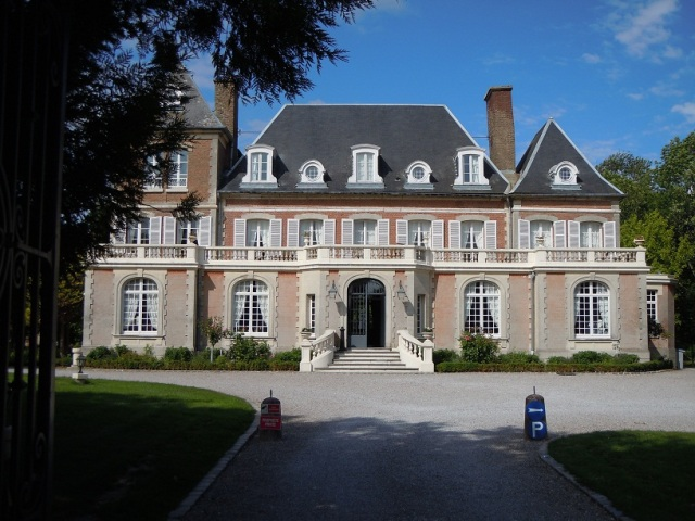 Chateau de Noyelles ligger i Picardie i norra Frankrike