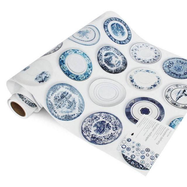 original_Porcelain_wallpaper_blue_roll_NOTHS
