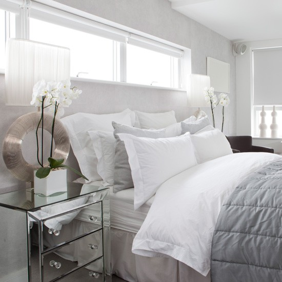 White And Grey Room: Vitt, Vitt Och Bara Vitt