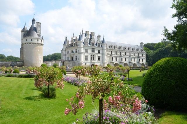 68 slottsträdgård
