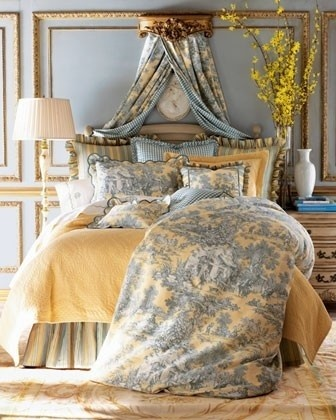 Louise bedroom