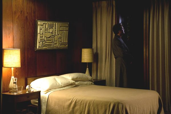 A-Single-Man-Colin-Firth-in-bedroom-1