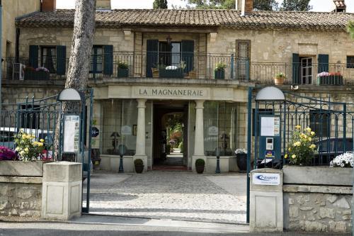best-western-hostellerie-la-magnaneraie-villeneuve-les-avignon_big