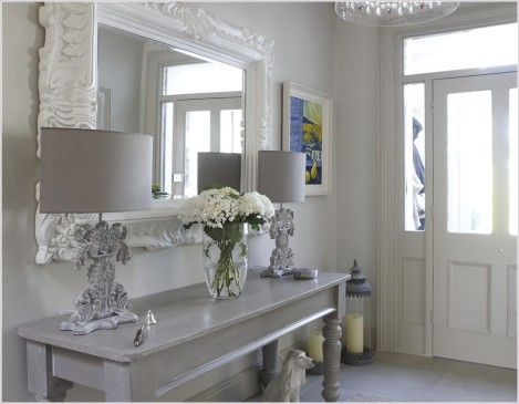 Hall-Eclectic-Dublin-Art-ceramic-dog-chandalier-console-table-dog-entry-entry-mirror-floral-foyer-glass-bead-chandelier-gray-console-table-grey-hall-door-hurricanes-lamps-lantern-mirror-orna