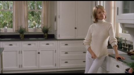 Diane-Keaton-in-Somethings-Gotta-Give-kitchen
