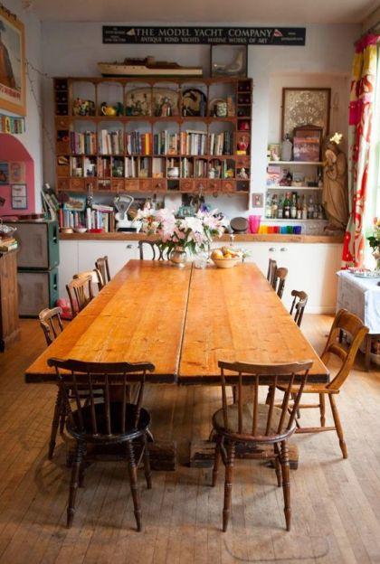 kok-med-stort-bord